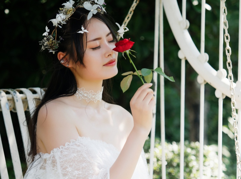 Japanese brides features